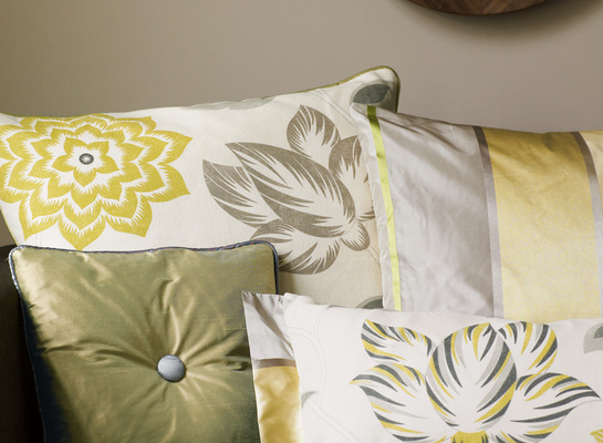 Ione_cushions_detail