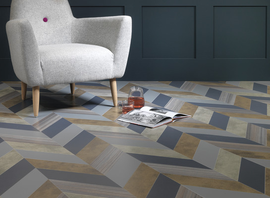 Amtico_signature_shimmer_denim-shimmer_metal-patina_vapour-patina_lune-equator_wave_in_herringbone_pleat_laying_pattern