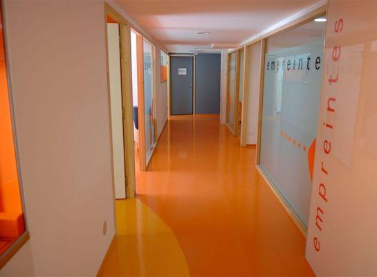 France_-_medical_center_3